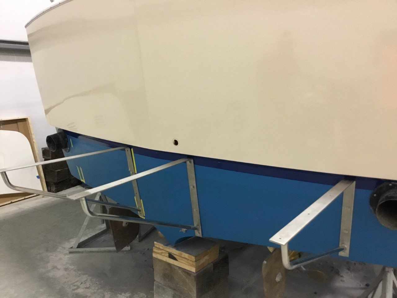 Deluxe-Support-Brackets-Mounted